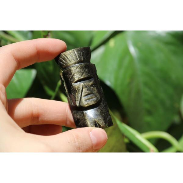 Obsidienne Dorée polie forme statue Inca 27 grs