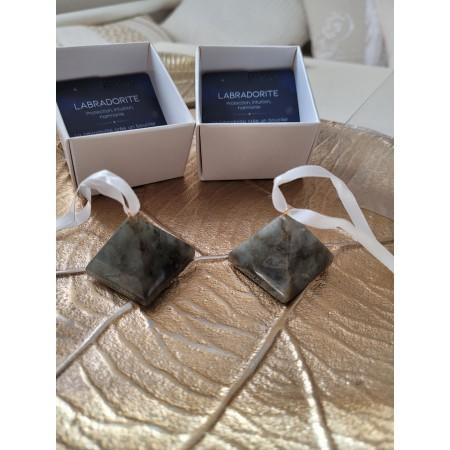 Suspension Labradorite - pierre à suspendre pyramide